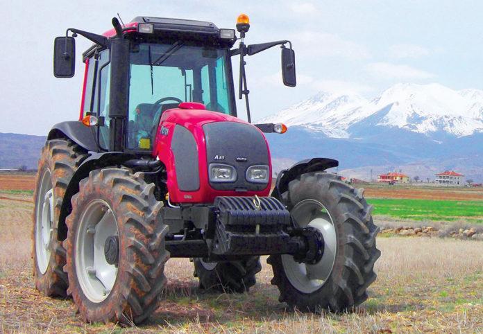 Колісні трактори Valtra серії «А»: незамінні помічники