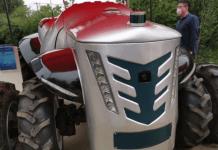 У Китаї створили трактор, яким можна управляти дистанційно
