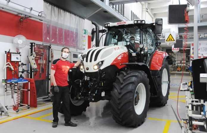 трактор STEYR