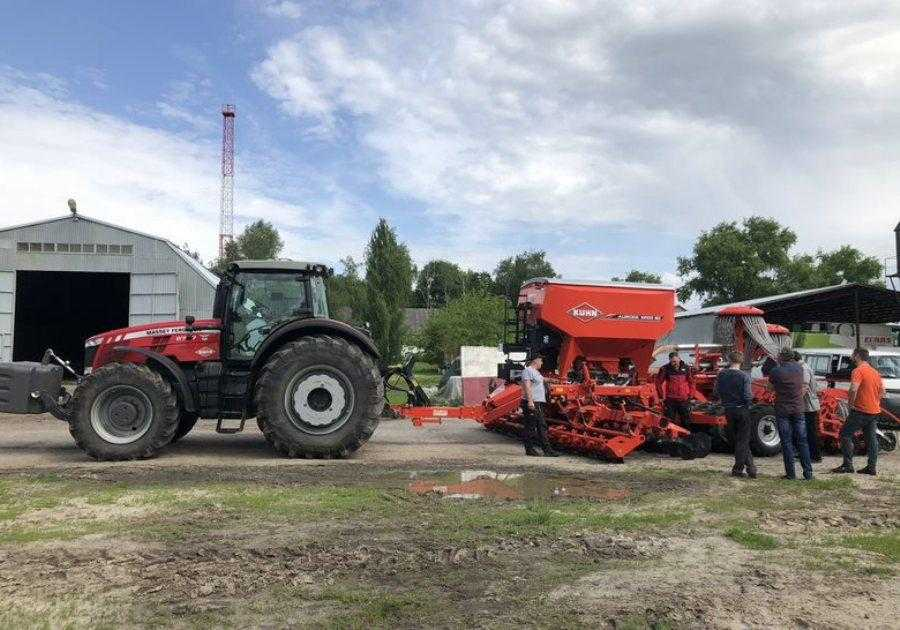 KUHN розпочав демотур з новим посівним комплексом для мінімального обробітку ґрунту