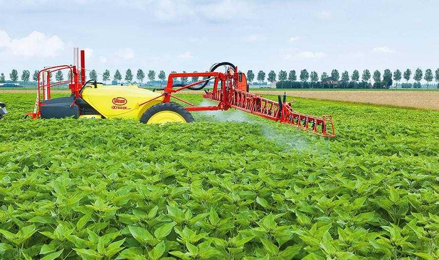 Позакореневе підживлення підвищує інтенсивність синтезу хлорофілу в листі, аце, у свою чергу, стимулює ріст коріння, виділення цукрів, зростання кількості мікроорганізмів, які забезпечують синтез коренестимулюючих речовин