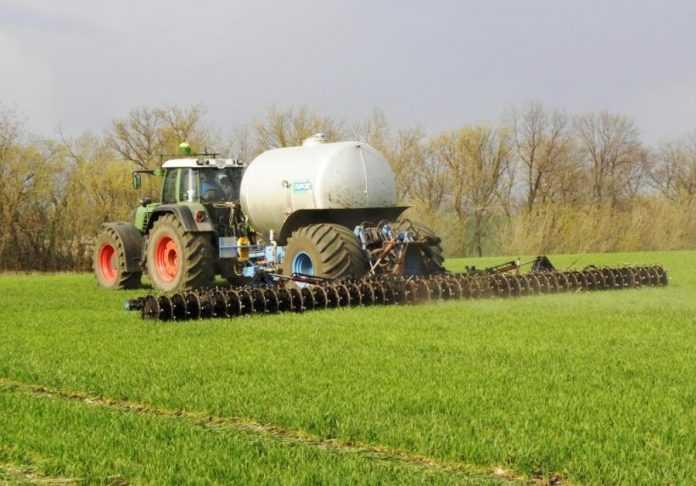 У 2020 році українські аграрії внесли рекордну кількість добрив на свої поля