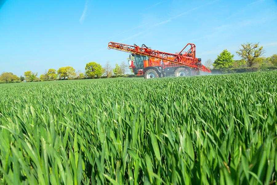 Добрива з високим вмістом амінокислот можуть суттєво підвищувати ефективність використання макро- й мікроелементів, а також сприяти підвищенню стійкості культурних рослин до стресових умов вирощування